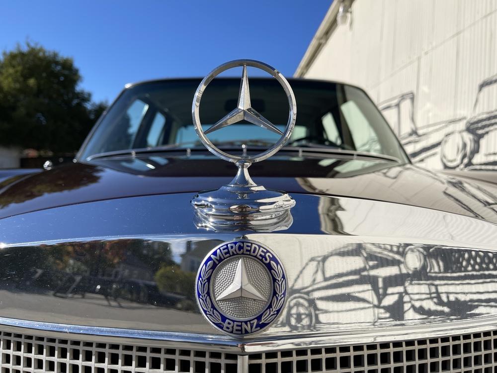 1968 Mercedes Benz 250S 4 Door Sedan for sale